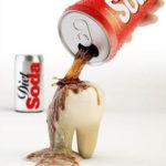 Refrigerante faz mal para os dentes