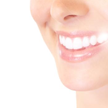 Como é realizado o clareamento dental