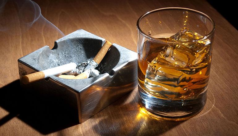 Malefícios do cigarro e álcool
